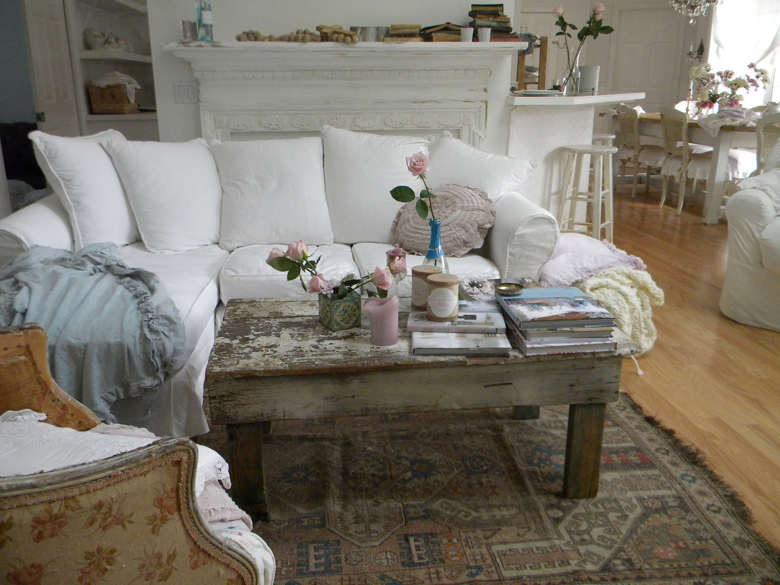 Shabby Chic Coffee Table Ideas